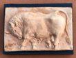 Scultura in basso rilievo in terracotta, a firma dell'artista Mario Bertozzi
